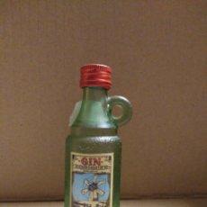 Coleccionismo Otros Botellas y Bebidas: BOTELLA MINIATURA GIN XORIGUER MAHON. Lote 155976881