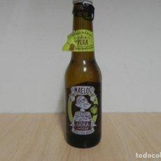 Coleccionismo Otros Botellas y Bebidas: BOTELLA SIDRA CON PERA / GALICIA MAELOC 33CL - CON CHAPA - EL LIQUIDO ESTA CADUCADO / NO CONSUMIR. Lote 156898214