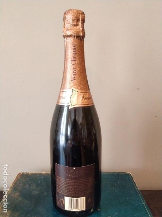 Coleccionismo Otros Botellas y Bebidas: CHAMPAGNE - VEUVE CHICQUOT PONSARDIN - ROSE RESERVE 1998 - Foto 4 - 157942346