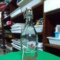 Coleccionismo Otros Botellas y Bebidas: ANTIGUA BOTELLA GASEOSA LA CASERA. BUEN ESTADO. Lote 159489898