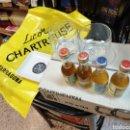 Coleccionismo Otros Botellas y Bebidas: LOTE CHARTREUSE TARRAGONA VASOS BOTELLINES CENICEROS.... Lote 160870666
