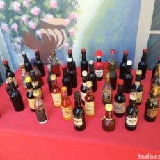 Coleccionismo Otros Botellas y Bebidas: LOTE DE 35 BOTELLAS MINIATURAS AÑOS 60/70. Lote 163991444