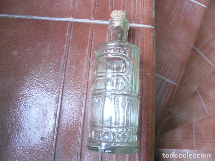 Coleccionismo Otros Botellas y Bebidas: LOTE DE 4 ANTIGUOS FRASCOS DE CRISTAL. LEER DESCRIPCIÓN - Foto 6 - 164767890