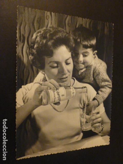 BEBIDA TONICA SCHWEPPES FOTOGRAFIA PUBLICITARIA ESPAÑA AÑOS 50 12 X 16 CMTS (Coleccionismo - Otras Botellas y Bebidas )