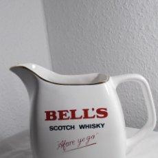 Coleccionismo Otros Botellas y Bebidas: JARRA BELL'S SCOTCH WHISKY CON ESLOGAN. Lote 165671706