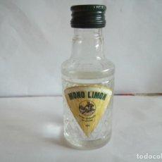 Coleccionismo Otros Botellas y Bebidas: BOTELLIN DE ANÍS DEL MONO DE LIMON. Lote 166782926