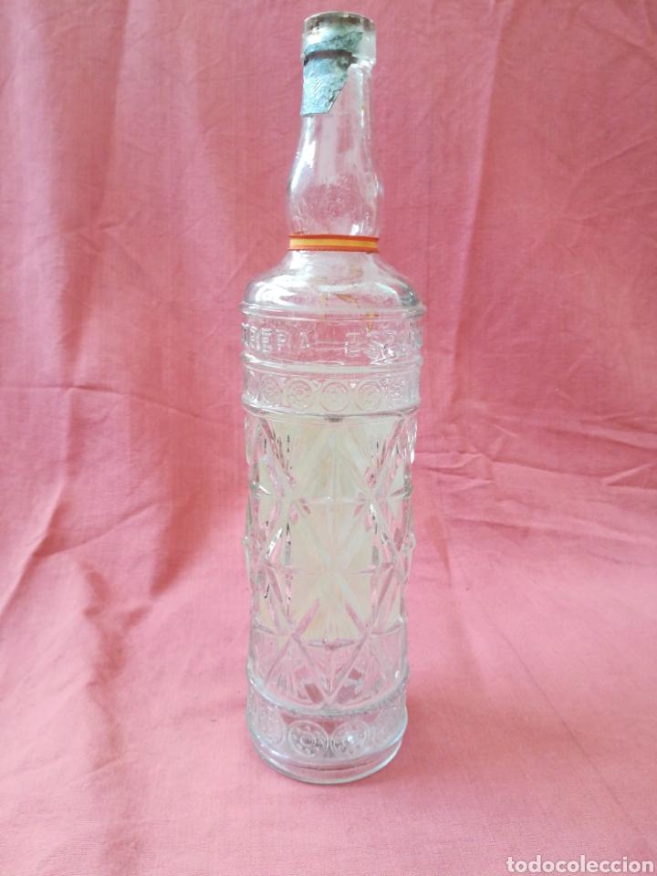 Coleccionismo Otros Botellas y Bebidas: BOTELLA ANIS LA INDUSTRIAL LICORERA ESPAÑOLA - ZARAGOZA - CON SU ETIQUETA - Foto 7 - 167510412