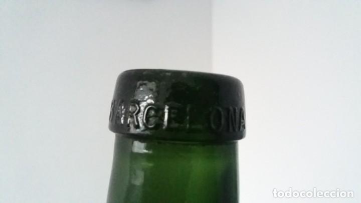 Coleccionismo Otros Botellas y Bebidas: Antiguas botellas damajuana garrafas GRANDES de cristal AZUL y VERDE marca BARCELONA de 16 LITROS - Foto 3 - 167629436