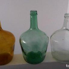 Coleccionismo Otros Botellas y Bebidas: ANTIGUAS DAMAJUANA GARRAFAS PEQUEÑAS CRISTAL MARRÓN VERDE Y TRANSPARENTE BOTELLAS DE 2 LITROS. Lote 167630456