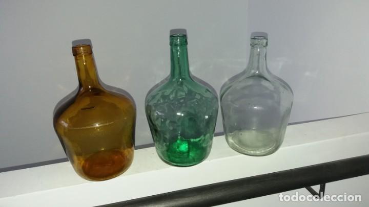 Coleccionismo Otros Botellas y Bebidas: Antiguas damajuana garrafas PEQUEÑAS cristal MARRÓN VERDE y TRANSPARENTE botellas de 2 LITROS - Foto 6 - 167630456