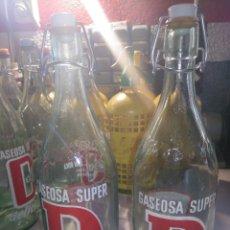 Coleccionismo Otros Botellas y Bebidas: 2 BOTELLAS DE GASEOSA DELICIOSA SUPER. Lote 168113542