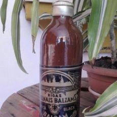Coleccionismo Otros Botellas y Bebidas: BOTELLA CERAMICA RIGAS MELNAIS BALZAMS RIGA BLACK EMBOTELLADO EN LATVIA 0,3 L 45%. Lote 168348292