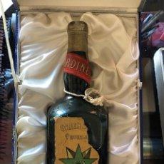 Coleccionismo Otros Botellas y Bebidas: BOTELLA PIPERMINT GREEN STAR BARDINET. Lote 168993980