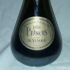Coleccionismo Otros Botellas y Bebidas: BOTELLA COLECCIÓN VACÍA CHAMPAGNE DES PRINCES VENOGE 1982. Lote 170358944