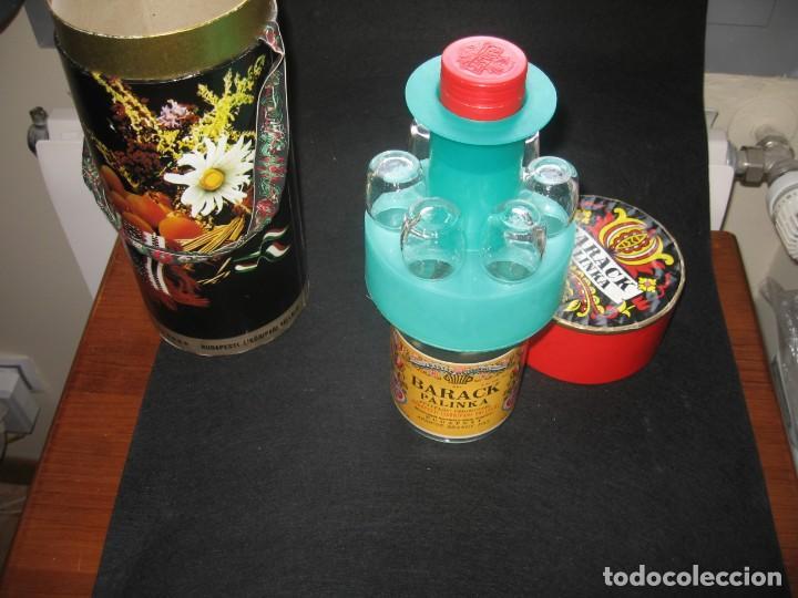 BOTELLA DE LICOR BARACK PALINCA DE BUDAPES (Coleccionismo - Otras Botellas y Bebidas )