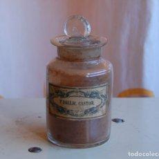 Coleccionismo Otros Botellas y Bebidas: FRASCO DE FARMACIA POLVOS DE CASTOR // VIDRIO SOPLADO // MUY ANTIGUO APROX 1850. Lote 171149885