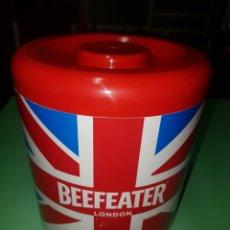 Coleccionismo Otros Botellas y Bebidas: CUBITERA BEEFEATER LONDON. Lote 172425492