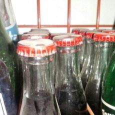 Coleccionismo Otros Botellas y Bebidas: BOTELLIN AQUILA ROSSO AÑOS 70. Lote 174226925