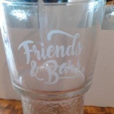 Coleccionismo Otros Botellas y Bebidas: CAJA 6 VASOS - FRIENDS BARS. Lote 176647080
