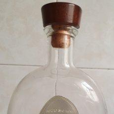 Coleccionismo Otros Botellas y Bebidas: RON DE CUBA LIBERACION 15 AÑOS. Lote 177470942