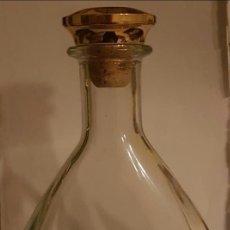 Coleccionismo Otros Botellas y Bebidas: BOTELLA LICORERA. Lote 177478689