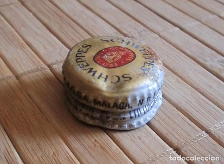 Coleccionismo Otros Botellas y Bebidas: Tapón de rosca metálico Schweppes, Años 80 Málaga - Foto 2 - 177708445
