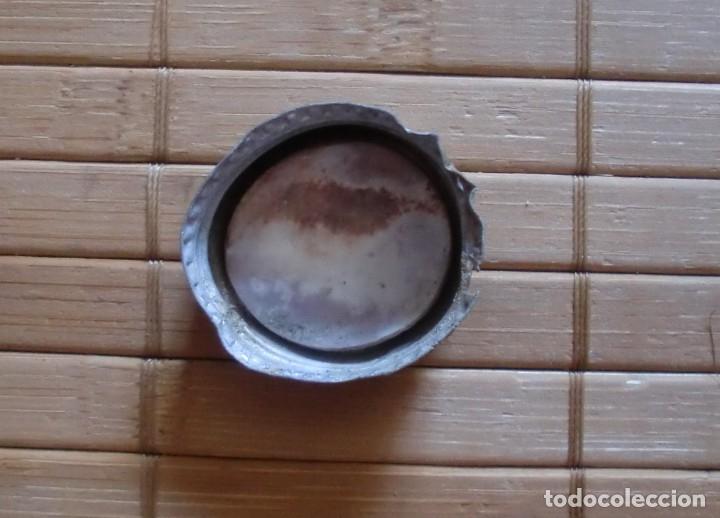 Coleccionismo Otros Botellas y Bebidas: Tapón de rosca metálico Schweppes, Años 80 Málaga - Foto 3 - 177708445