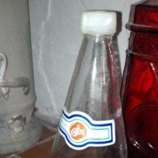 Coleccionismo Otros Botellas y Bebidas: BOTELLA LA CASERA 1 LITRO ETIQUETAS DE PAPEL. Lote 178096437