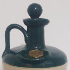 Coleccionismo Otros Botellas y Bebidas: ANTIGUA BOTELLA / BOTIJO / JARRA / CANECO WHISKY LONG JOHN. Lote 178664461