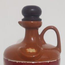 Coleccionismo Otros Botellas y Bebidas: ANTIGUA BOTELLA / BOTIJO / JARRA / CANECO WHISKY YE FRANCISCAN. Lote 178669015