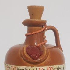 Coleccionismo Otros Botellas y Bebidas: ANTIGUA BOTELLA / BOTIJO / JARRA / CANECO WHISKY YE MONKS. Lote 178676500