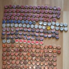 Coleccionismo Otros Botellas y Bebidas: LOTE 271 CHAPAS DE CERVEZA DAMM, SAN MIGUEL, COCA-COLA, PEPSI... ANTIGUAS CON CORCHO . Lote 179074948