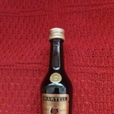 Coleccionismo Otros Botellas y Bebidas: BOTELLIN COÑAC-MARTELL MEDAILLON-. Lote 182836566