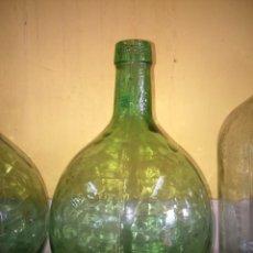 Coleccionismo Otros Botellas y Bebidas: GARRAFA O DAMA JUANA -- CRISTAL VERDE -- 4 LITROS -- MARCA VIRESA -- . Lote 184432553