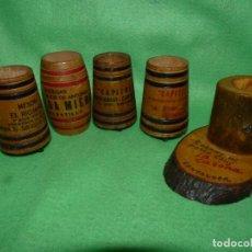Coleccionismo Otros Botellas y Bebidas: GRAN LOTE PALILLERO MADERA 5 TONEL BARRIL AÑOS 60 COLECCION. Lote 186344868