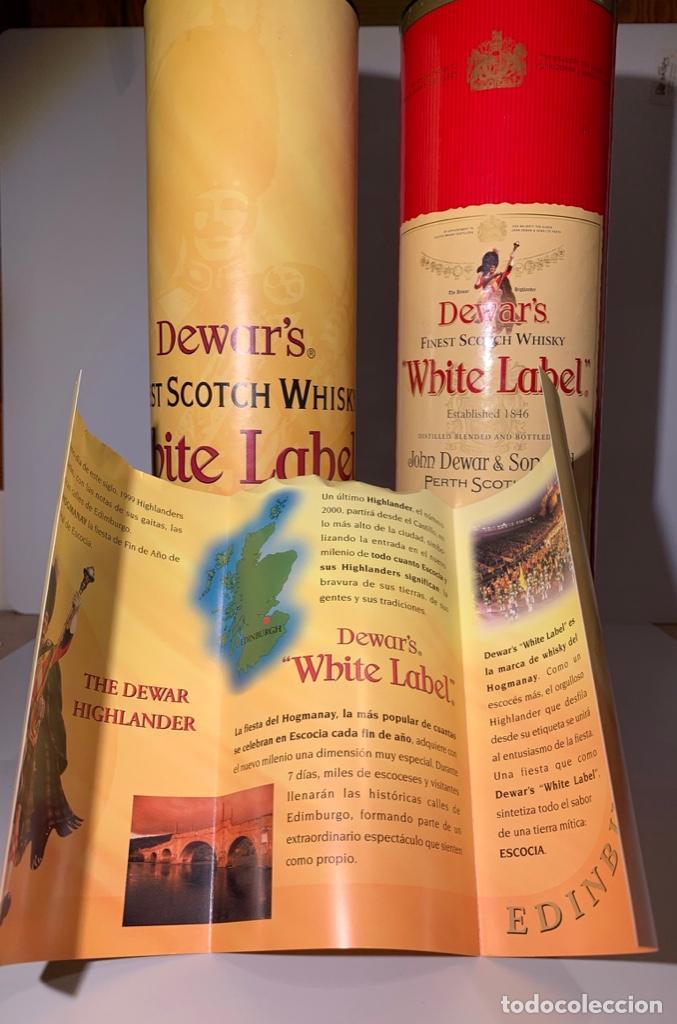 Coleccionismo Otros Botellas y Bebidas: 2 Latas Estuches White Label Dewar's Finest Scotch Whisky - Foto 7 - 187499873