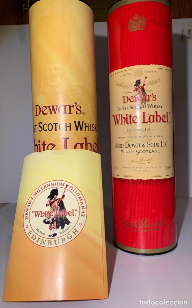 Coleccionismo Otros Botellas y Bebidas: 2 Latas Estuches White Label Dewar's Finest Scotch Whisky - Foto 9 - 187499873