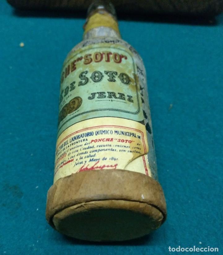 Coleccionismo Otros Botellas y Bebidas: ANTIGUO BOTELLIN PONCHE. JOSE DE SOTO JEREZ - Foto 4 - 190130610