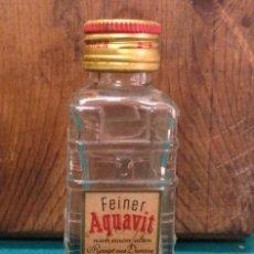 Coleccionismo Otros Botellas y Bebidas: ANTIGUO BOTELLIN FEINER AQUAVIT (VACIO). Lote 190131290