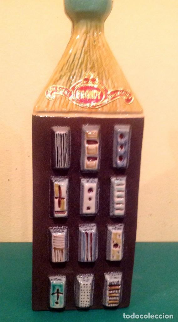 Coleccionismo Otros Botellas y Bebidas: Botella Brandy BOFILL Precinto De 4 Pesetas De Colección - Foto 4 - 190853942