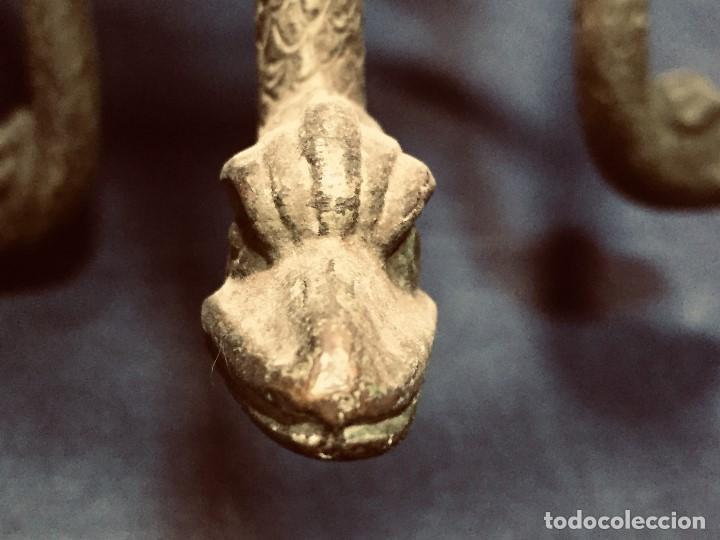 Coleccionismo Otros Botellas y Bebidas: soporte bronce botella dispensador licor serpientes manos estilo clasico arqueologia patina 26x18cms - Foto 9 - 192338480