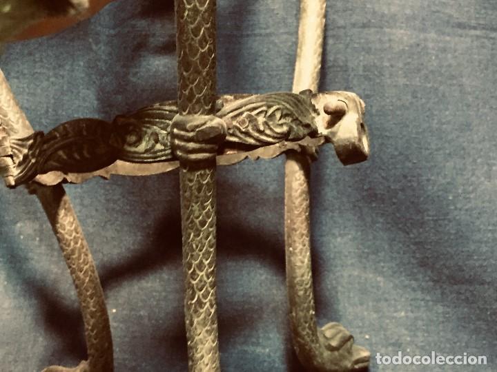 Coleccionismo Otros Botellas y Bebidas: soporte bronce botella dispensador licor serpientes manos estilo clasico arqueologia patina 26x18cms - Foto 15 - 192338480