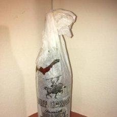 Coleccionismo Otros Botellas y Bebidas: BOTELLA GRANDE BRANDY ESPAÑOL DUFF GORDON,PUERTO DE SANTA MARÍA, CÁDIZ. 4 PESETAS. Lote 194627595