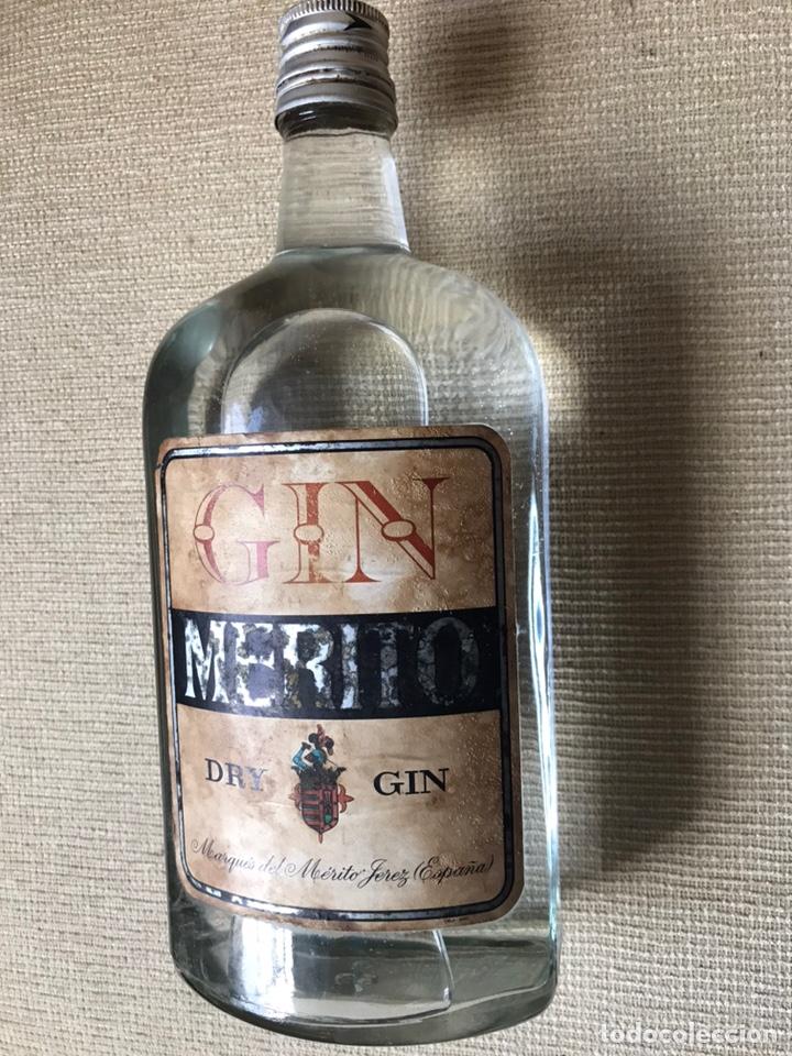 GINEBRA MÉRITO. AÑOS 60 (Coleccionismo - Otras Botellas y Bebidas )
