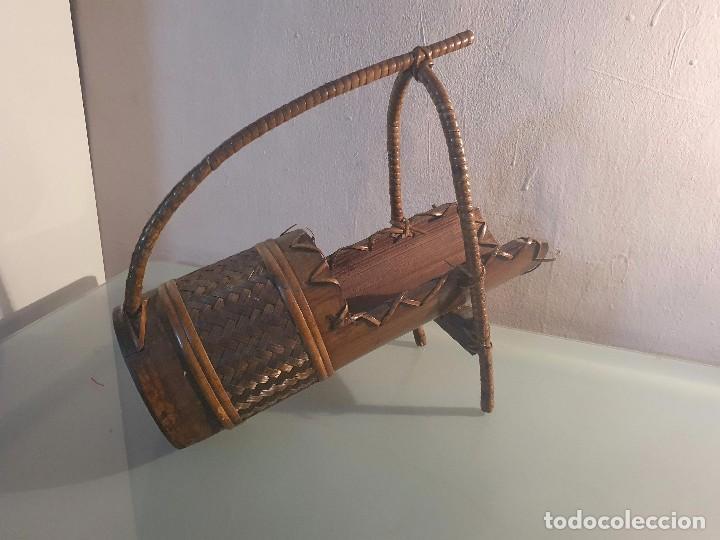 BOTELLERO DE MADERA (Coleccionismo - Otras Botellas y Bebidas )