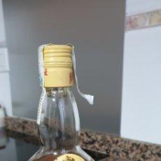 Coleccionismo Otros Botellas y Bebidas: BOTELLA PRECINTADA WHISKY WHITE HORSE. PRECINTADA. Lote 199143468