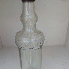 Coleccionismo Otros Botellas y Bebidas: CURIOSA BOTELLA VACÍA. Lote 199627926