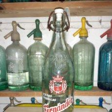 Coleccionismo Otros Botellas y Bebidas: BOTELLA DE GASEOSA FERNÁNDEZ DE MASNOU BARCELONA // MODELO ANTIGUO. Lote 200741898