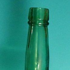 Coleccionismo Otros Botellas y Bebidas: BOTELLA VACÍA JIMENEZ VARELA . ALTURA 33 CM. Lote 202722851