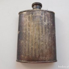 Coleccionismo Otros Botellas y Bebidas: PETACA ANTIGUA DE METAL PLATEADO. Lote 204065206